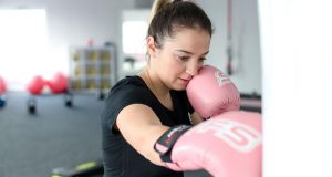 Fitboxing trening za cijelo tijelo koji topi potkožno masno tkivo