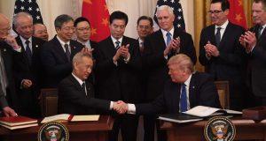 SAD I KINA POTPISALI PRVU FAZU TRGOVINSKOG SPORAZUMA Žele ublažiti napetost između dviju najvećih gospodarstava svijeta