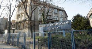 Dječak je pao s krova, operirali ga jutros u Klaićevoj bolnici..