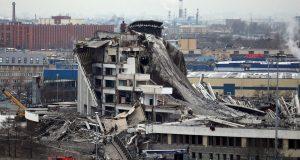 FOTO, VIDEO: URUŠILA SE MEGA DVORANA ZA 25.000 LJUDI Tragedija u Rusiji, propao je krov čuvenog sportskog kompleksa, jedan radnik poginuo