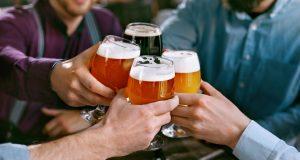 Udarac na budžet: Ne morate piti alkohol u svakom izlasku
