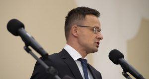 MAĐARSKI ŠEF DIPLOMACIJE O AKTUALNOJ SITUACIJI S MIGRANTIMA 'Možemo računati na veliki priljev ljudi. Mađarska će braniti svoje granice'
