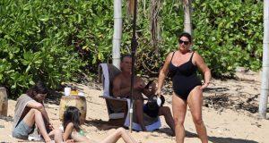 Pierce Brosnan 'pobjegao' u izolaciju: Sa suprugom je na Havajima...