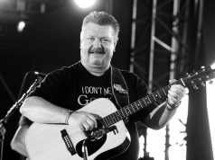 Umro pjevač Joe Diffie: Prije dva dana saznao da ima koronu
