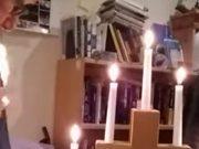 Vjernici u nevjerici: Svećenik se zapalio u online propovijedi!