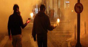 Nepoznati počinitelji molotovljevim koktelima zapalili su čak sedam poslovnica za kladionice u gradiću Gornji Vakuf-Uskoplje