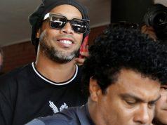 Ronaldinho izašao iz zatvora: Platio je 1.6 mil. $ jamčevine!
