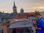 Uzeo gitaru u ruke i na otišao na krov: Za moj prekrasni Rim