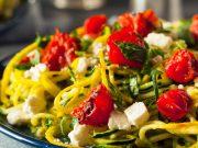 Za ručak predlažemo 'Zoodles' ili špagete od tikvica s češnjakom i parmezanom