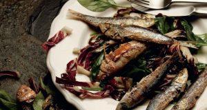(NAPOKON JE STIGLA SVJEŽA SRDELA) KORONA PETAK: I kada vam sve dosadi, ove će ribice spasiti ručak!