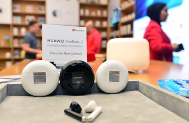 (191121) -- FARWANIYA GOVERNORATE (KUWAIT), Nov. 21, 2019 -- Photo taken on Nov. 21, 2019 shows Huawei's Freebuds 3 earphones at a launch event in Farwaniya Governorate, Kuwait. Chinese technology and smartphone giant Huawei unveiled its FreeBuds 3 earphones on Thursday to Kuwaiti consumers. (Photo by Asad/, Image: 484236241, License: Rights-managed, Restrictions: WORLDWIDE RIGHTS AVAILABLE EXCLUDING CHINA, HONG KONG ONLY. End users shall not licence, sell, transmit, or otherwise distribute any photographs represented by eyevine, to any third party. Contact eyevine for more information: Tel: +44 (0) 20 8709 8709 Ema, Model Release: no, Credit line: Xinhua / Eyevine / Profimedia