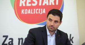 'MOJA BUDUĆA VLADA BIT ĆE ZAPAMĆENA ZA SVA VREMENA' Davor Bernardić pršti optimizmom uoči izbora, a Jandrokoviću se ispričao nije