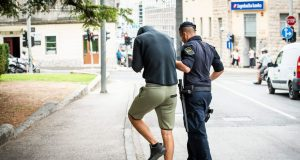 POLICIJA UHITILA 20-GODIŠNJAKA KOJI JE IZNUĐIVAO NOVAC OD SINA VISOKOPOZICIONIRANOG HDZ-ovca: Ocu je iz sefa navodno uzeo 350.000 kuna