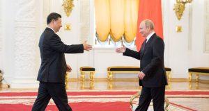 WASHINGTON OPTUŽIO KINU I RUSIJU ZA SURADNJU 'I prije krize s Covidom-19 smo to primijetili, Peking sve više usvaja rusku tehniku dezinformiranja'