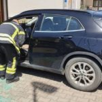 Beba ostala zaključana u autu u Koprivnici: Vatrogasci ju spasili