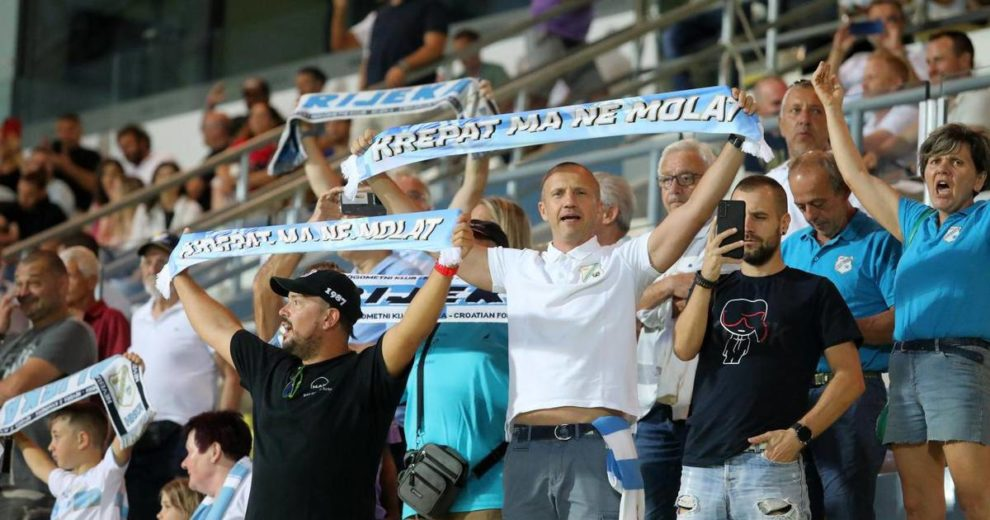 Sjajna riječka nogometna večer i navijačka pjesma... Napokon!