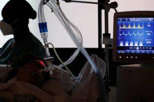 Doktorica u KBC-u Split: 'Kad ih skinemo s respiratora, ljudi nas pitaju kada se mogu ići cijepiti'