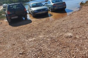Pa ovo je vez, ne parking: 'Ma znali su što rade, gledala sam kako čovjek parkira u plićak'