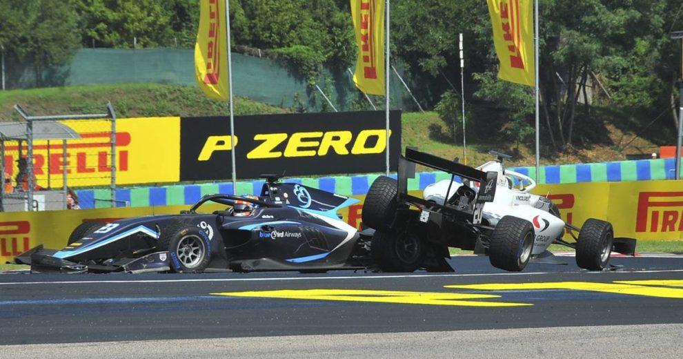 Kaos u Mađarskoj: Kiša je pala prije početka - Bottas 'pomeo' McLarene i oštetio Verstappena!