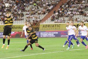 Hajduk je skuplji i veći je favorit od Osijeka i Rijeke, ali gubi u derbijima Bjelici je 'mušterija'