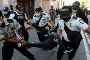 Izvanredno stanje u Gvatemali: Prosvjeduju protiv rudnika nikla, policiju gađaju kamenjem